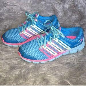 Adidas | Woman's tennis shoes | EUC